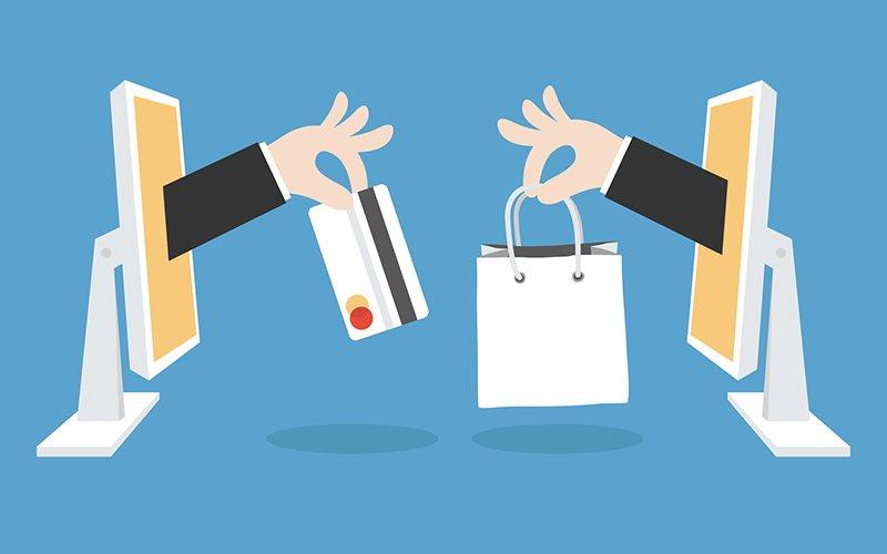 Una persona haciendo una compra online